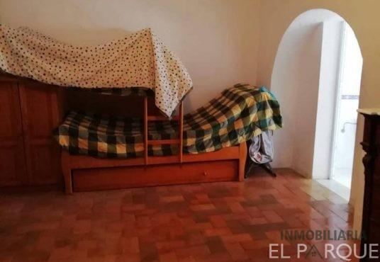Casa de dos plantas en VILLAMARTIN (Cádiz) - REF.013 3